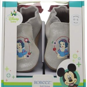 Snow White ROBEEZ baby shoes